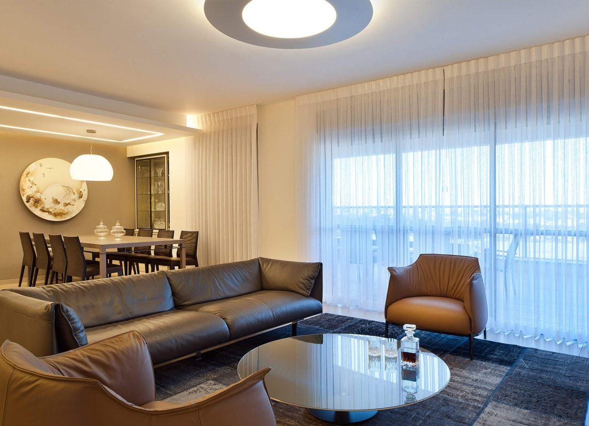 A glimpse to: mini penthouse in Rishon LeZion